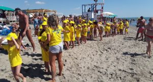 Mercoledì Fruit&Salad on the Beach fa tappa a Pollica